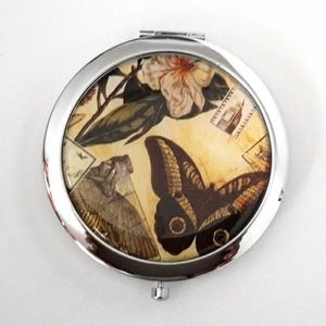 Magnified Graphic Compact Mirror ~ Black Butterfly